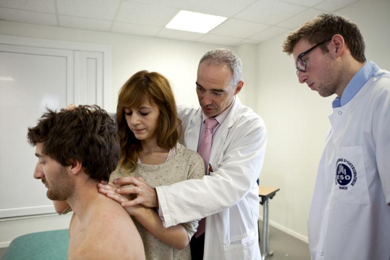 Professionnels de la santé : pourquoi suivre une formation de posturologie ?